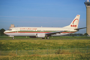145bt - Royal Air Maroc Boeing 737-400; CN-RND@CDG;11.08.2001